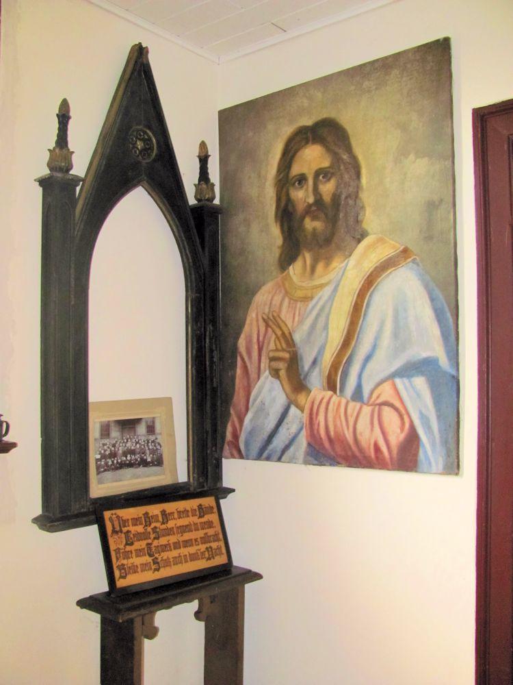 Altaraufsatz und Altarbild
