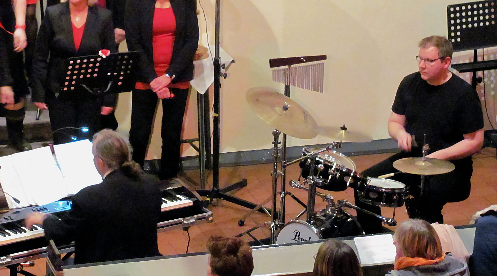 Black Swans, Keybord & Schlagzeug