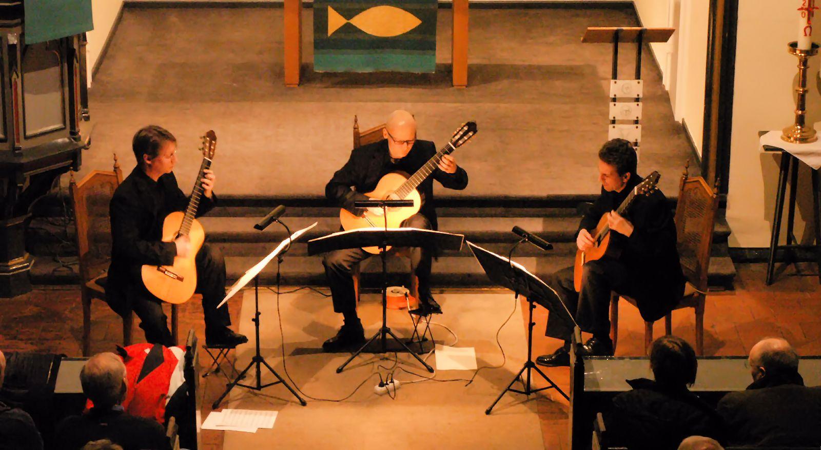 Bremer Gitarrentrio - Frank Ahrens, Oliver Eidam, Jürgen Lenga