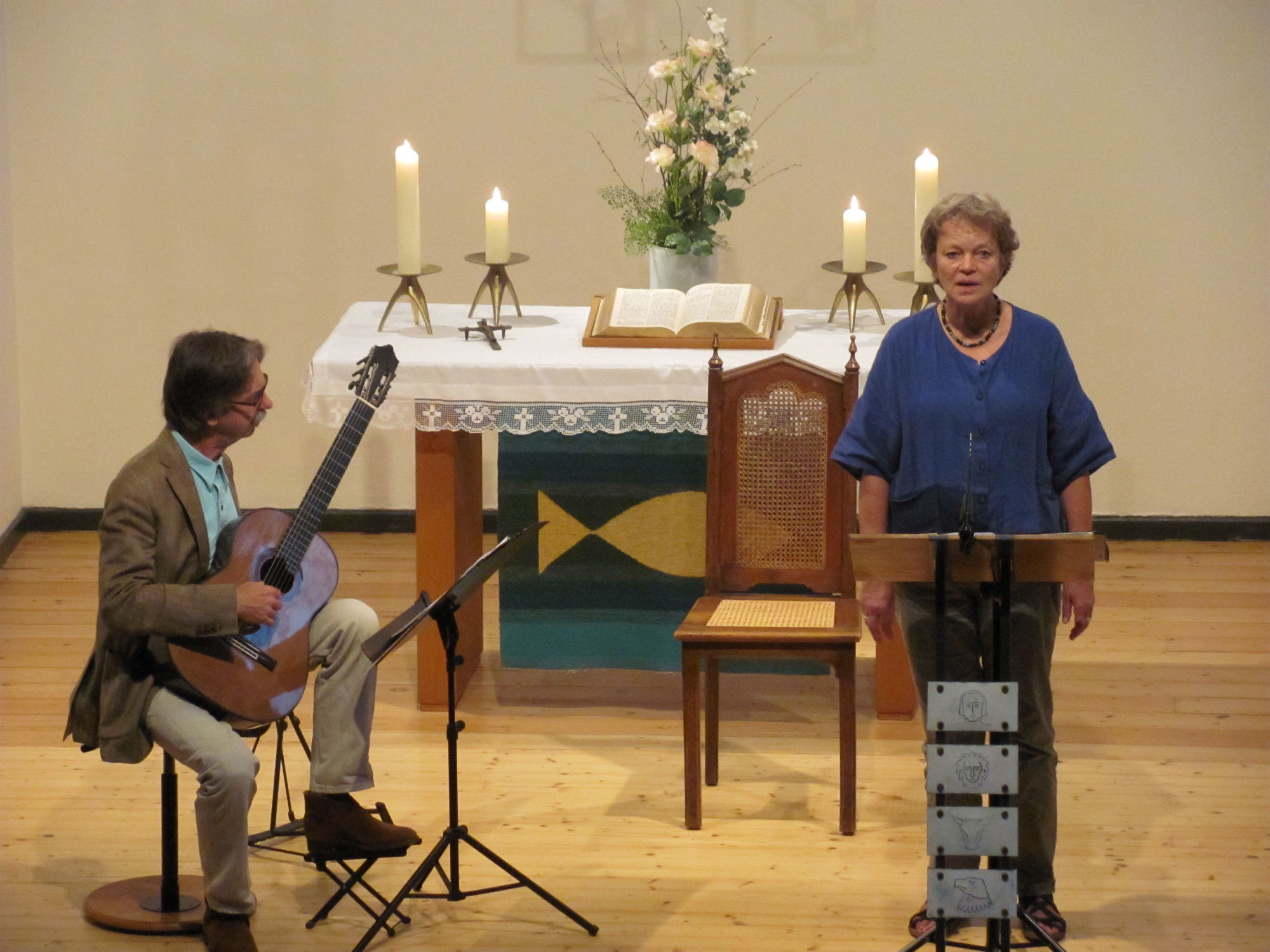 Sabina Burtzlaff (Stimme), Volker Linde (Gitarre)