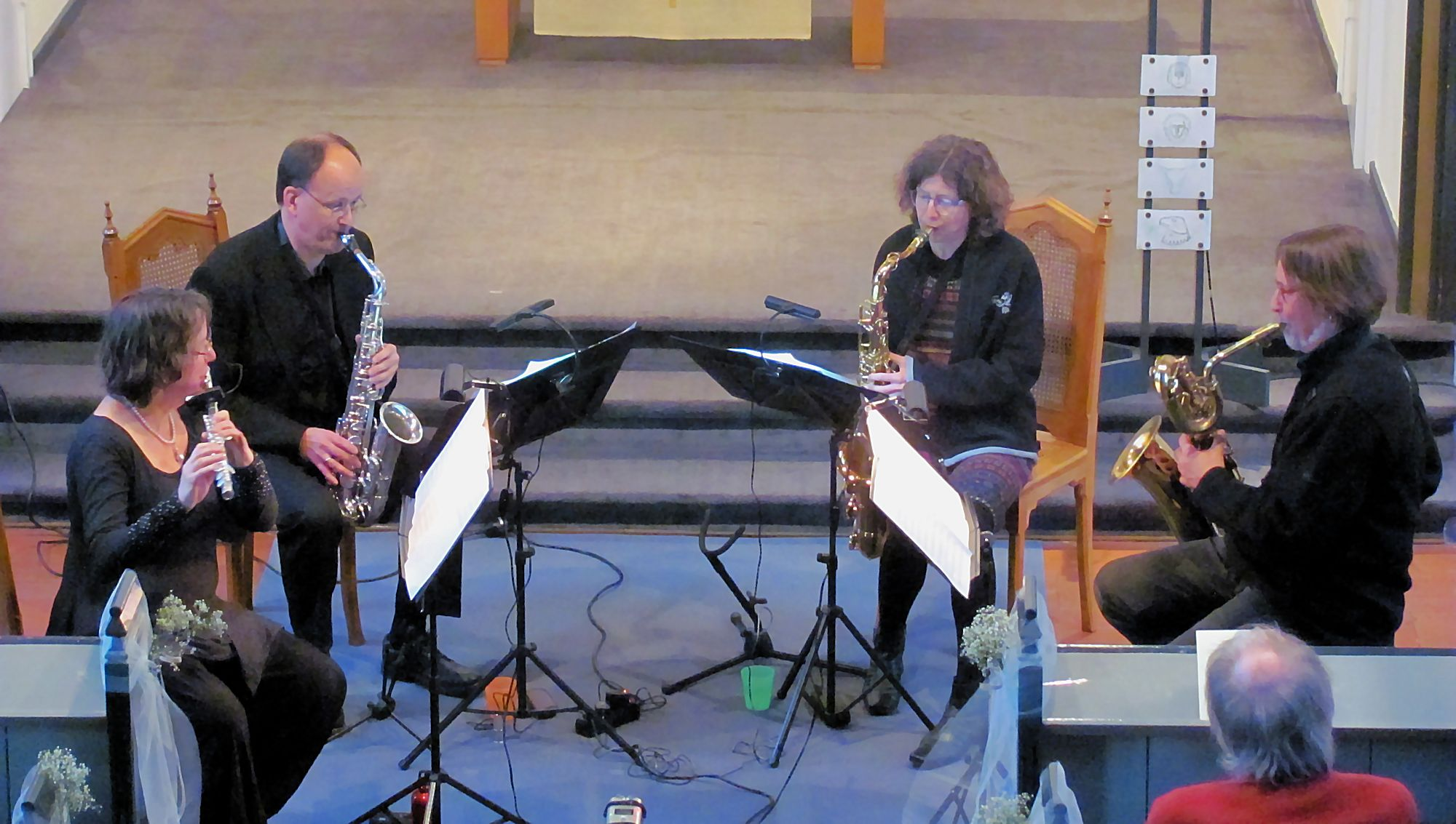 flute & saxes