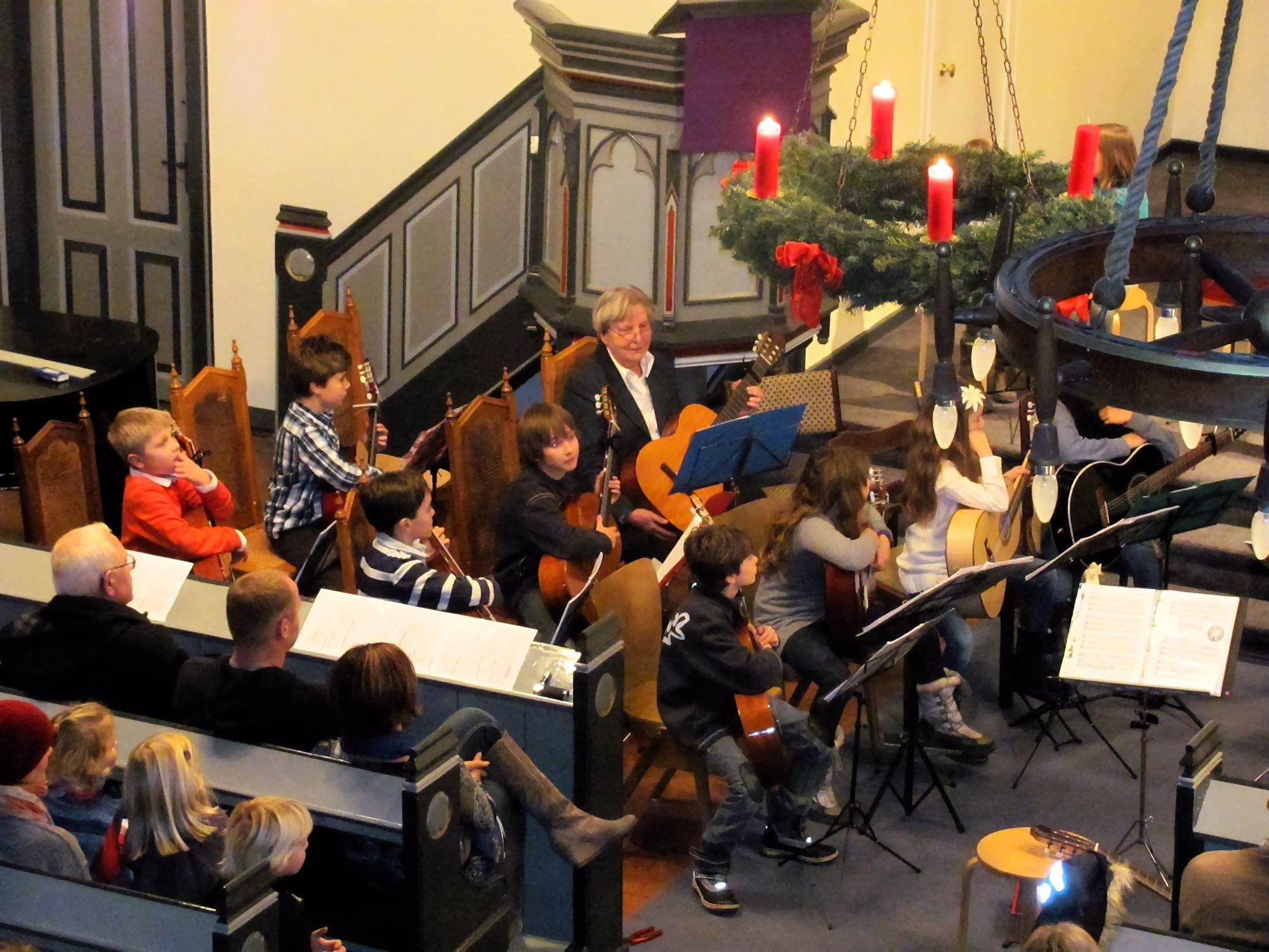 Heidis Flöten- und Gitarrengruppen