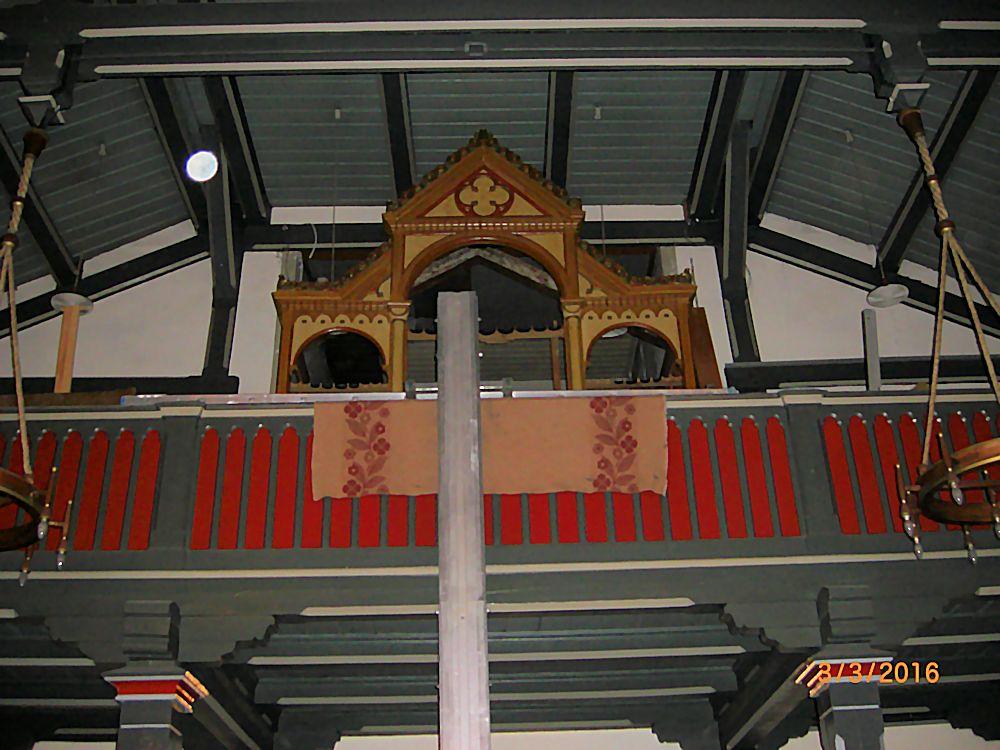 Orgelprospekt von unten