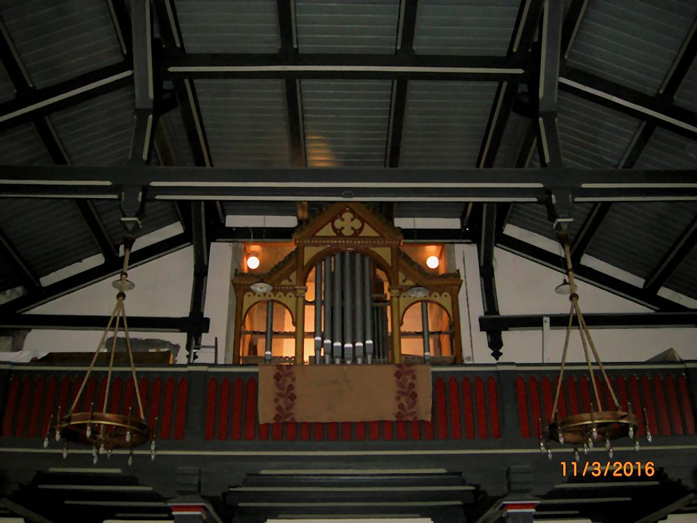 Blick auf den Orgelprospekt am Morgen des 11. März