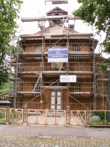 Fassade Anfang August 2009