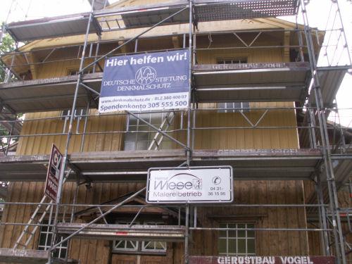 Grundierte Fassade am 08.08.2009