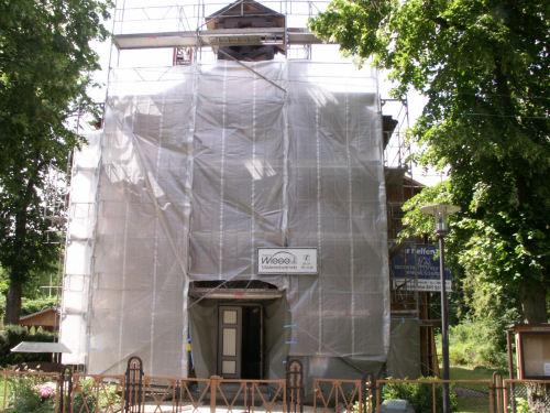 Verhüllte Fassade