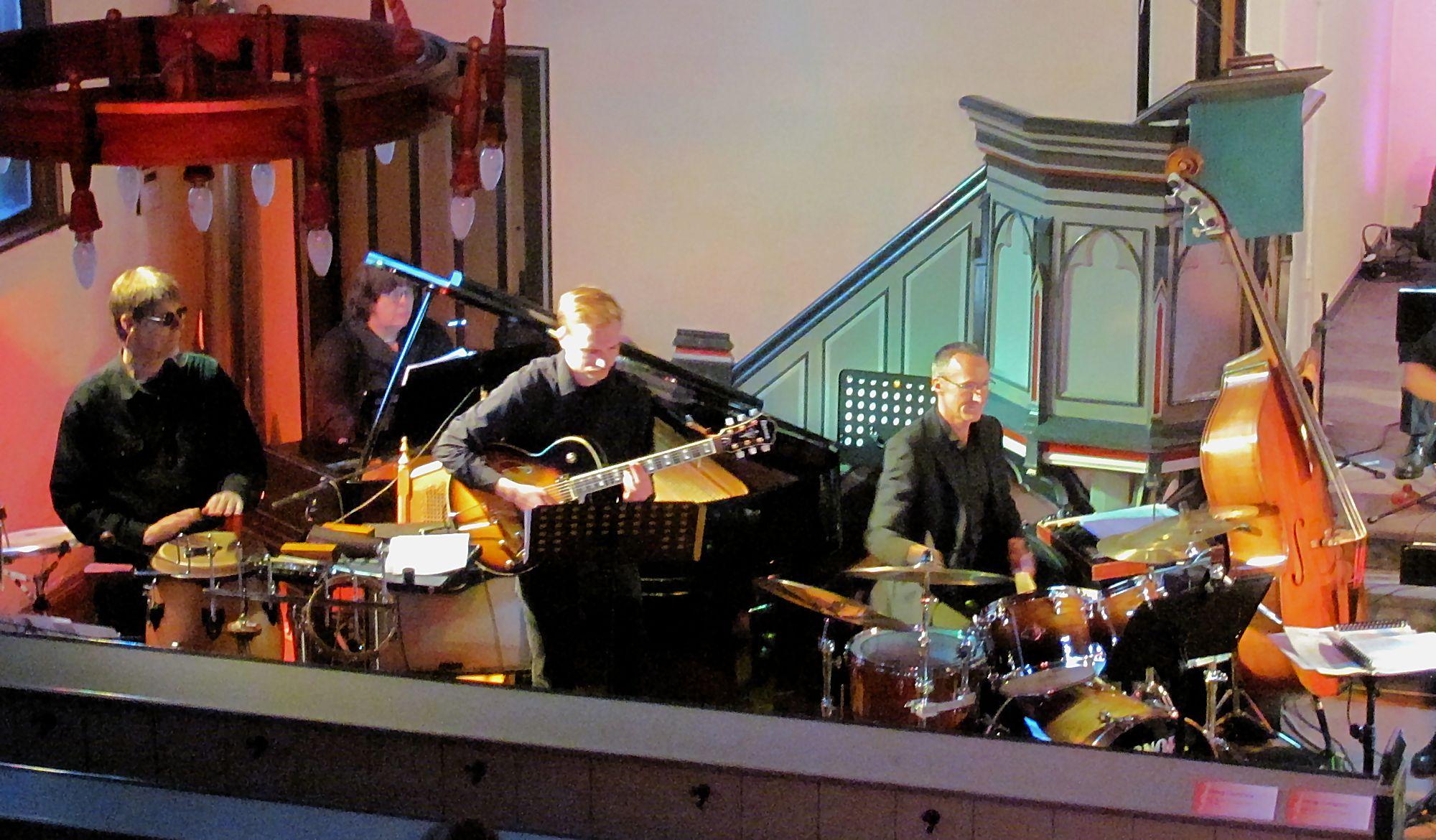 Swing Company: Percussion